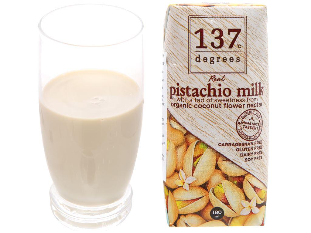 Lốc 3 hộp sữa hạt dẻ cười truyền thống 137 Degrees 180ml 12