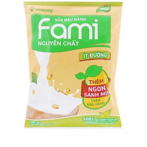 Sữa đậu nành Fami nguyên chất ít đường bịch 200ml
