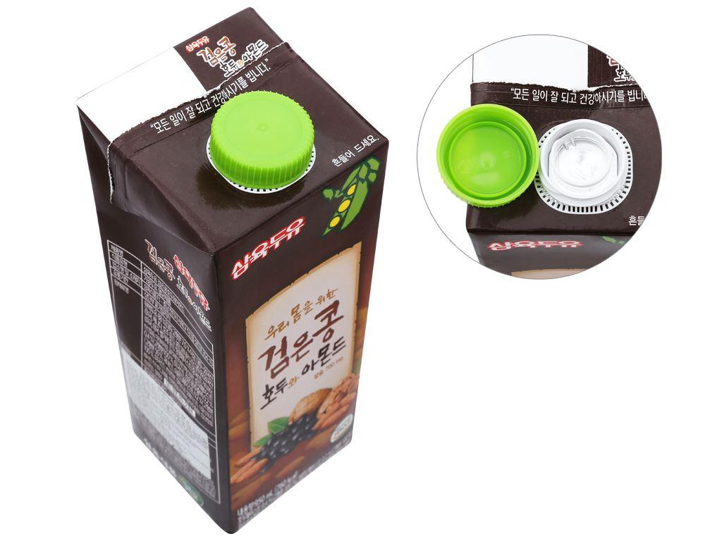 Thùng 12 hộp sữa đậu đen óc chó hạnh nhân Sahmyook 950ml 3