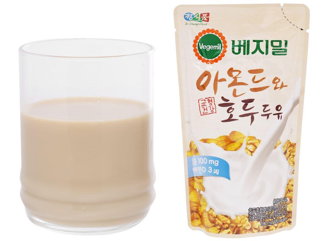 Thùng 20 bịch sữa hạnh nhân và óc chó Vegemil 190ml 6