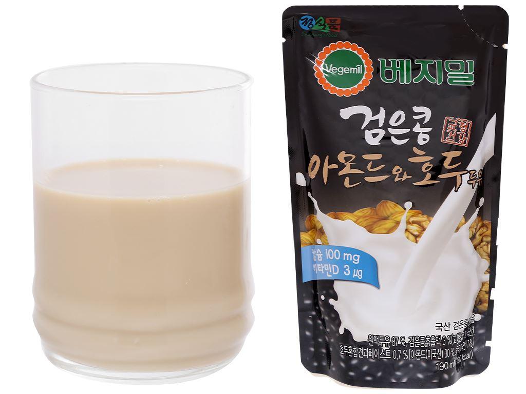 Thùng 20 bịch sữa đậu đen, hạnh nhân và óc chó Vegemil 190ml (chứa 100mg calcium) 6