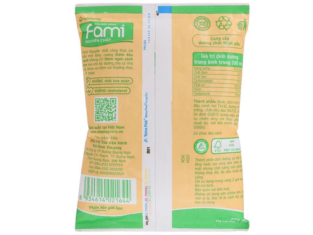 Sữa đậu nành nguyên chất Fami bịch 200ml 7