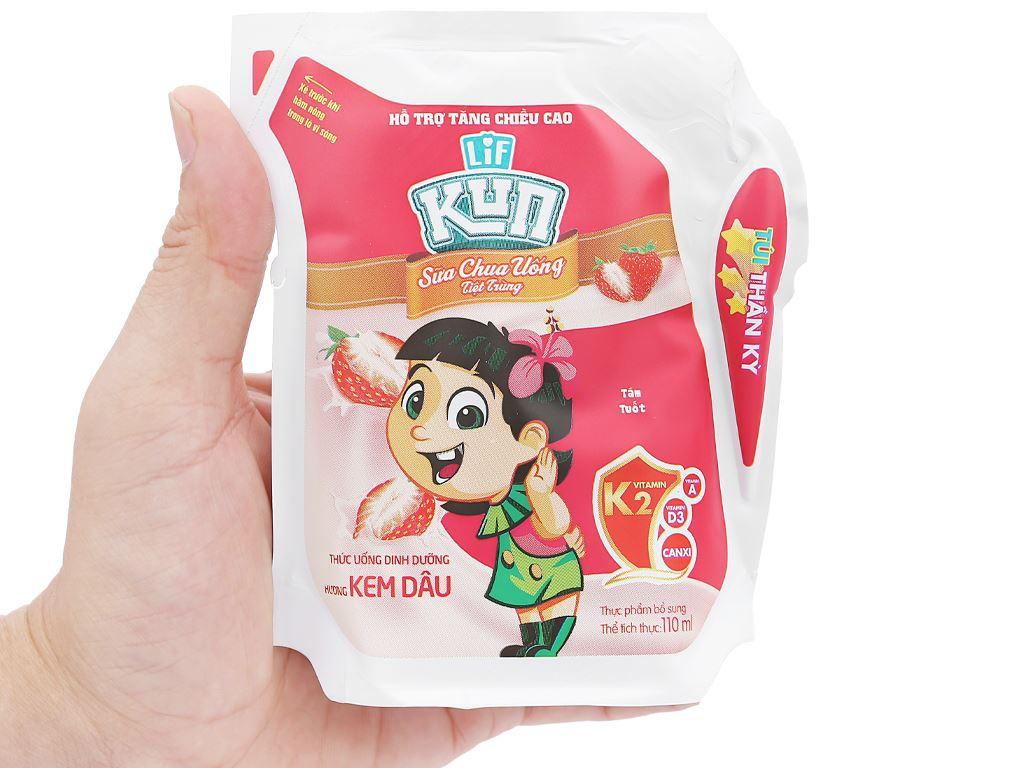 Sữa chua uống hương kem dâu LiF Kun túi 110ml 4