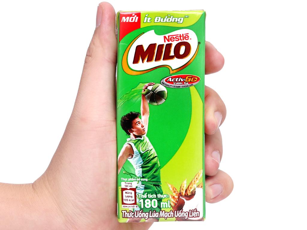 Lốc 4 hộp thức uống lúa mạch ít đường Milo Active Go 180ml 13