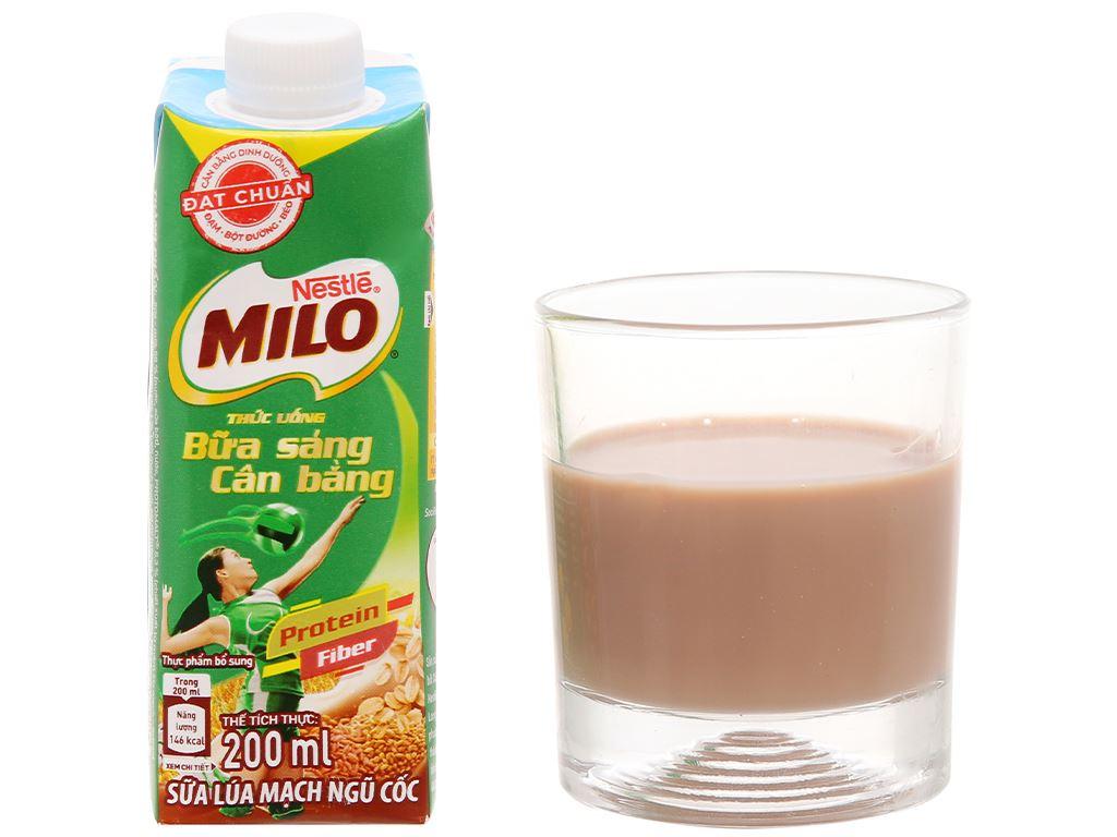 Thùng 24 hộp sữa lúa mạch ngũ cốc ít đường Milo nắp vặn 200ml 7