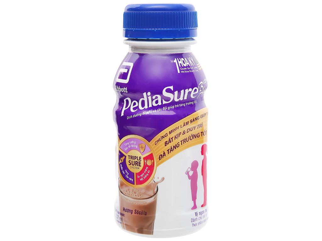 Sữa bột pha sẵn Abbott PediaSure socola chai 237ml 3