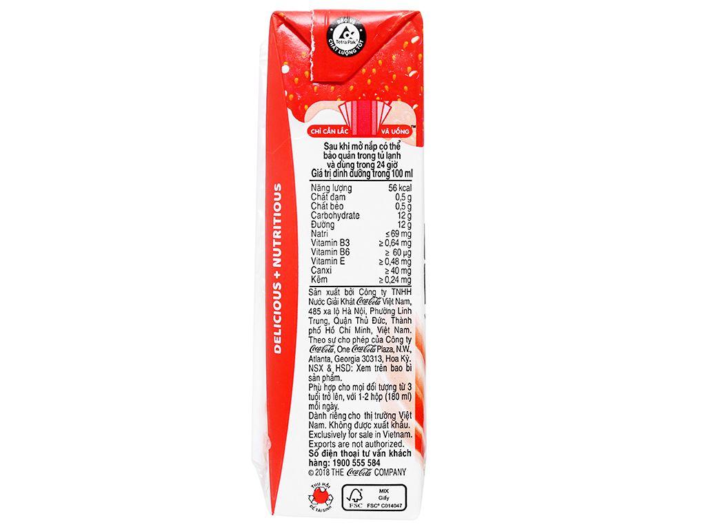 Thùng 48 hộp sữa trái cây Nutriboost hương dâu 180ml 10