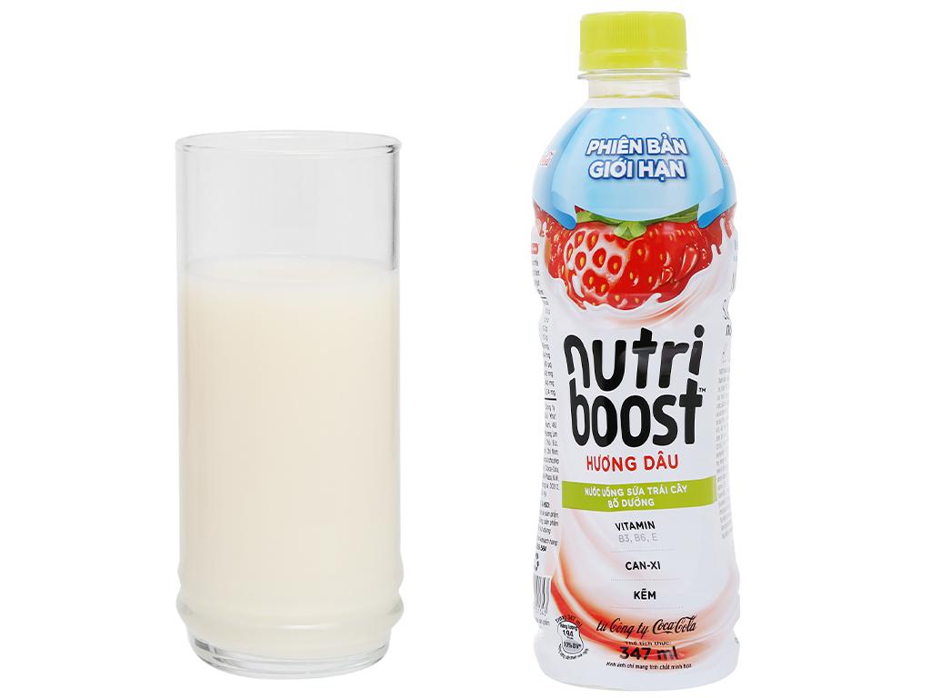 Thùng 24 chai sữa trái cây Nutriboost hương dâu 297ml 12