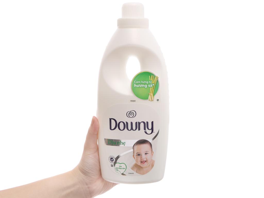 Nước xả Downy dịu nhẹ hương sả chai 800ml 5