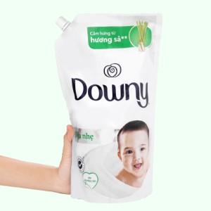 Nước xả cho bé Downy cho da nhạy cảm hương sả túi 1.6 lít