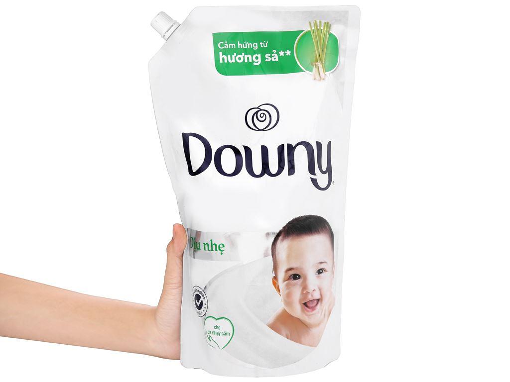 Nước xả cho bé Downy dịu nhẹ hương sả túi 1.6 lít 6