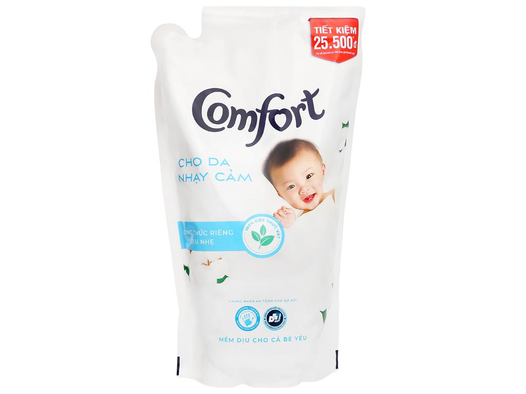 Nước xả cho bé Comfort cho da nhạy cảm hương phấn túi 1.6 lít 1