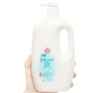 Sữa tắm cho bé Johnson's Baby chứa sữa và gạo 1lít