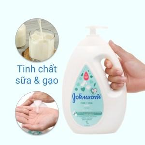 Sữa tắm cho bé Johnson's chứa sữa và gạo 1lít