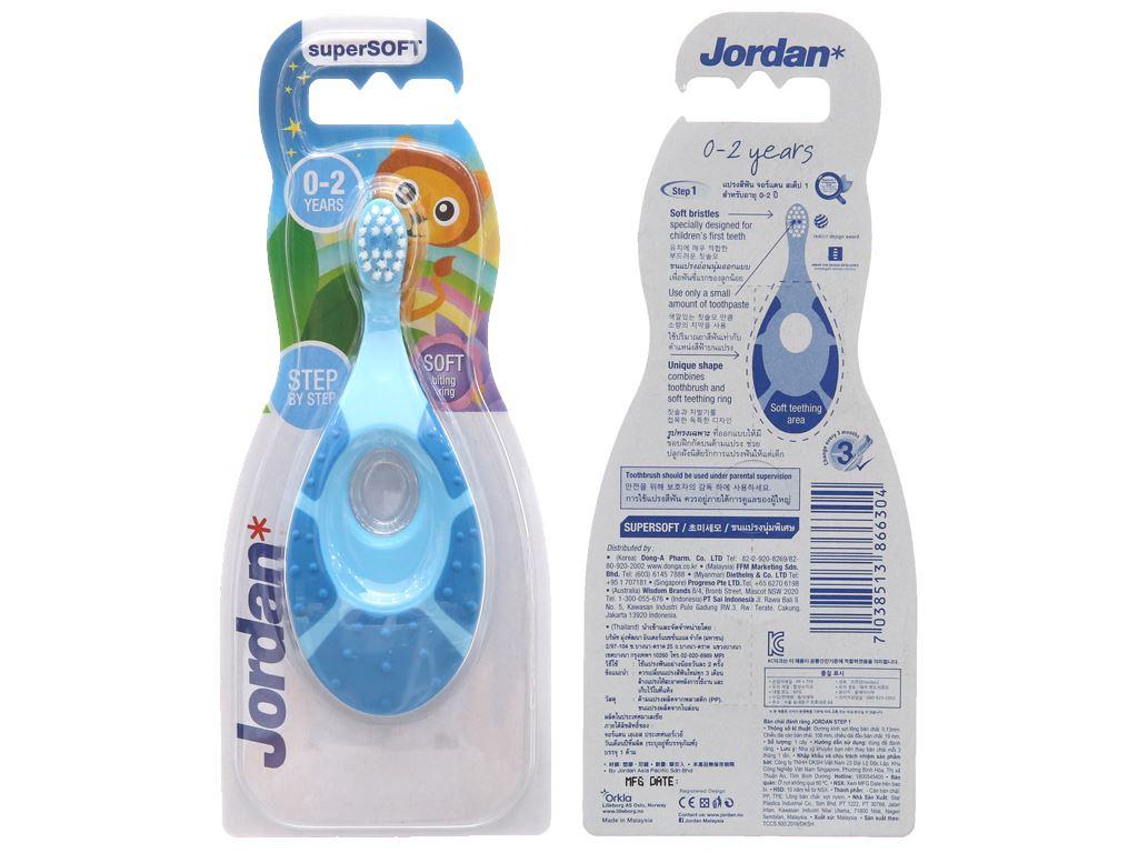 Bàn chải cho bé 0 - 2 tuổi Jordan Step 1 lông siêu mềm mảnh 2