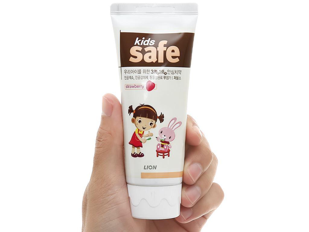 Kem đánh răng cho bé Kids Safe hương dâu 90g 7
