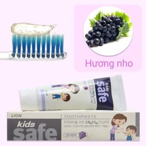 Kem đánh răng cho bé Kids Safe hương nho 90g