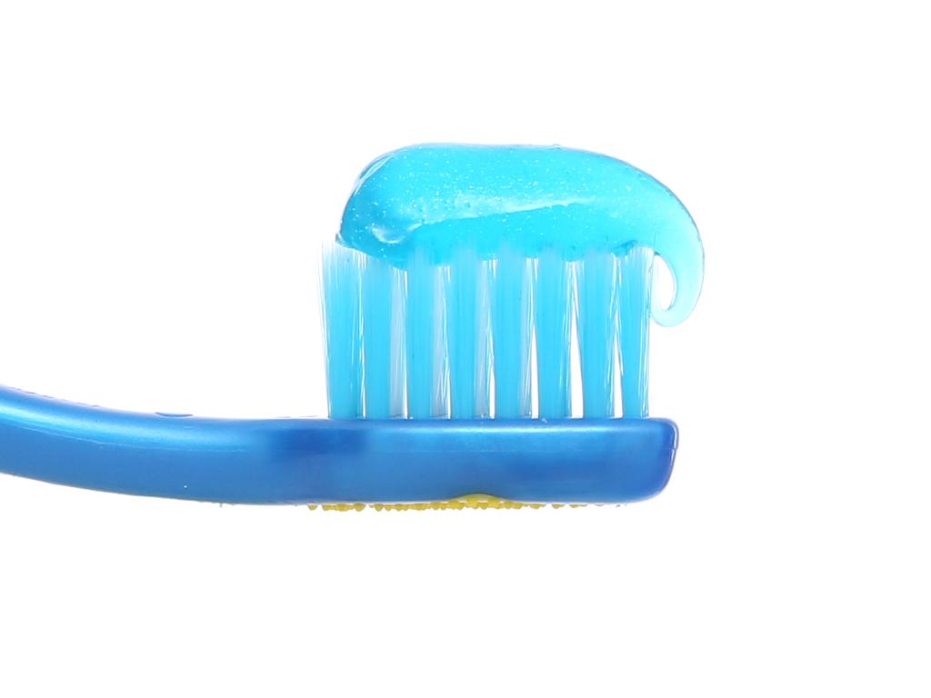 Bộ bàn chải kem đánh răng cho bé Colgate Minions 80g 13