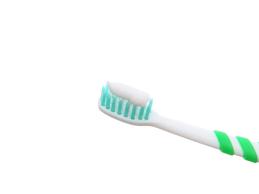 Kem đánh răng cho bé Kodomo hương dâu 45g 5