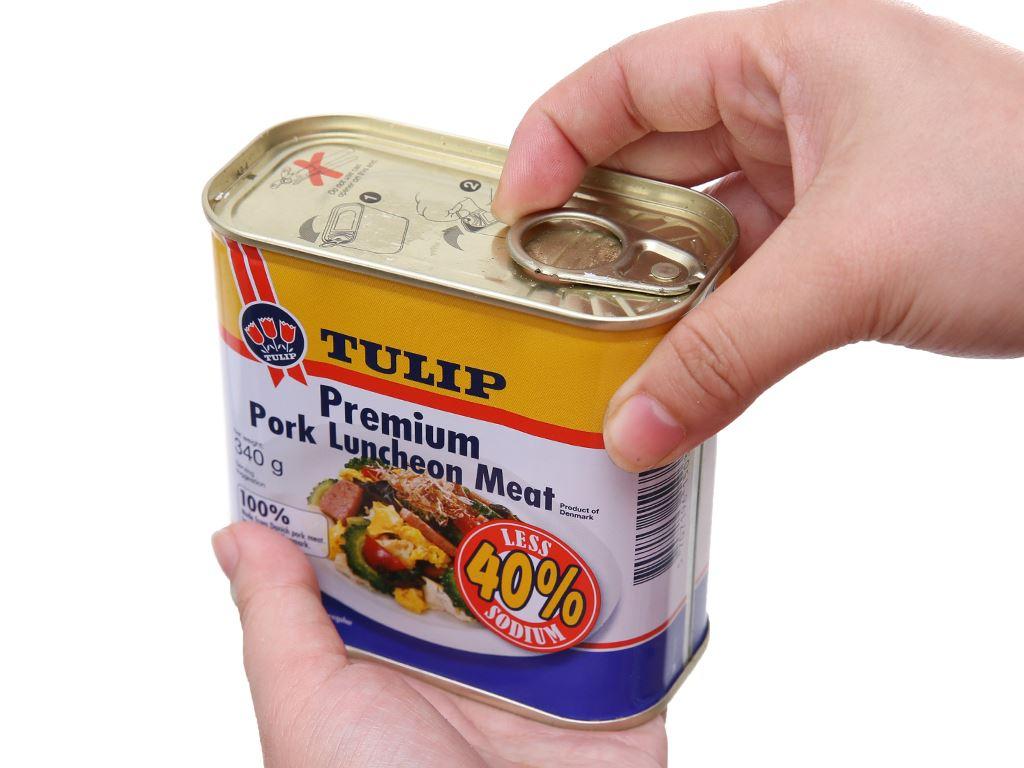 Thịt heo Pork Luncheon Meat ít muối Tulip hộp 340g 4