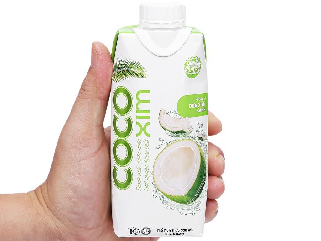 Nước dừa xiêm xanh Cocoxim 330ml 7