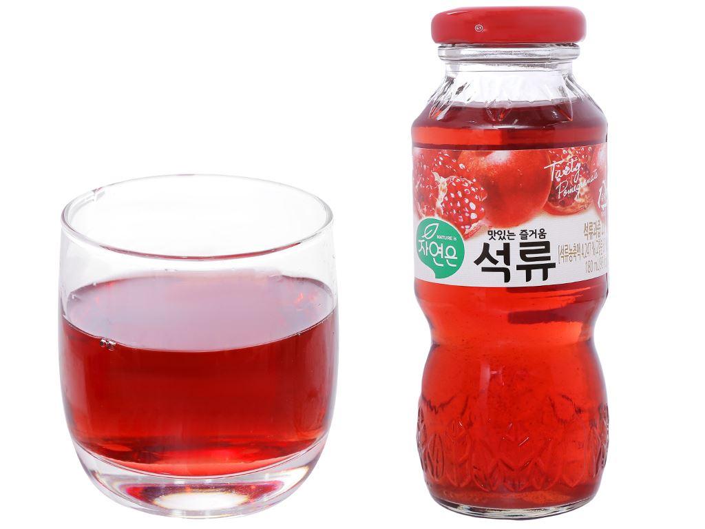 Thùng 24 chai nước ép lựu Woongjin 180ml 5