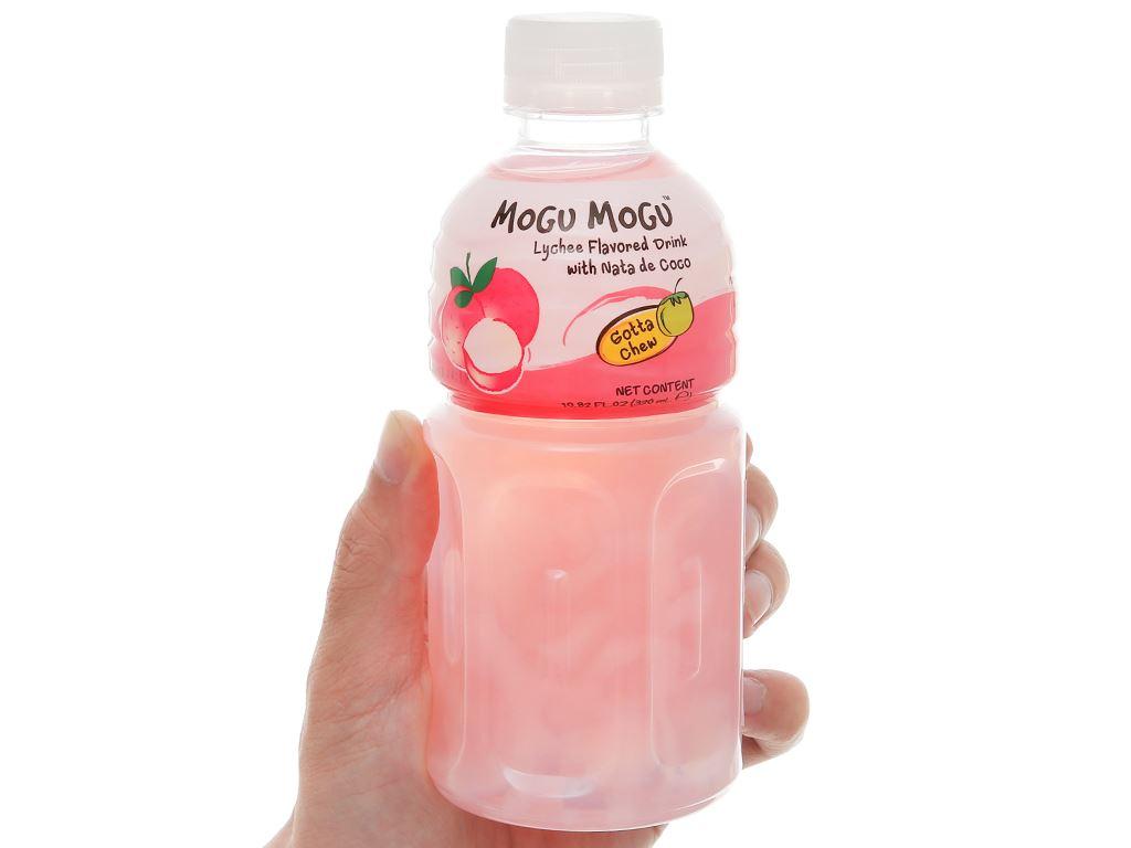 Nước uống có thạch dừa Mogu Mogu vị vải 320ml 1
