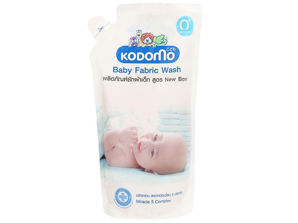 Dung dịch giặt tẩy cho bé Kodomo xanh túi 600ml 1