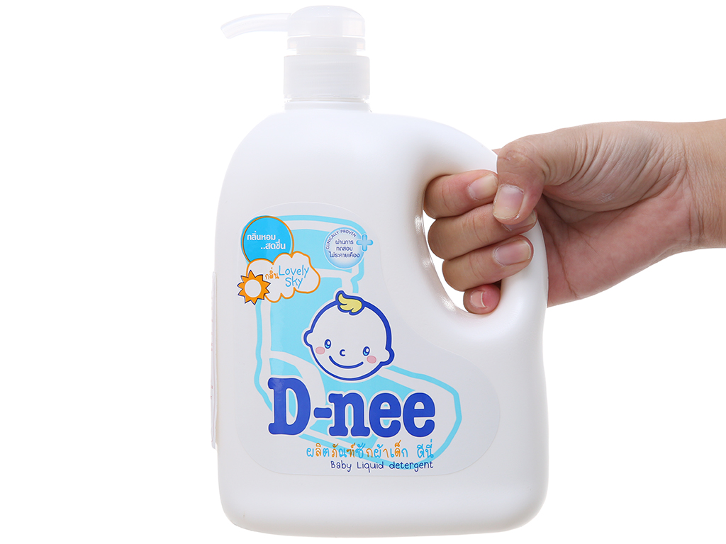 Nước giặt cho bé D-nee Lovely Sky xanh chai 960ml 4