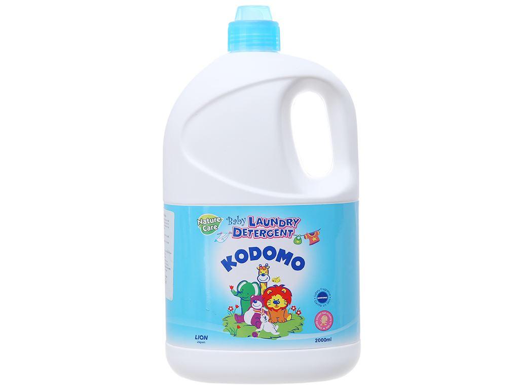 Dung dịch giặt tẩy cho bé Kodomo xanh dịu nhẹ chai 2 lít 1