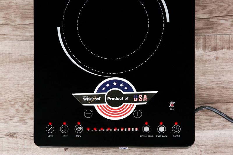 Bảng điều khiển cảm ứng với các chỉ dẫn đơn giản, dễ hiểu - Bếp hồng ngoại Whirlpool ACT209/BLV