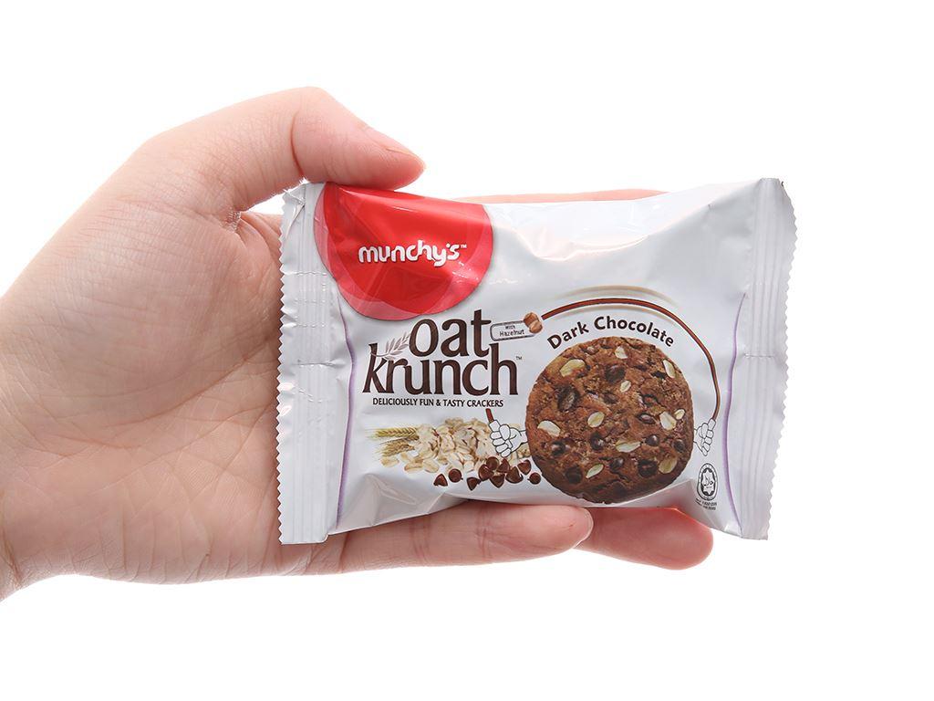 Bánh yến mạch socola đen Munchy's Oat Krunch hộp 156g 5