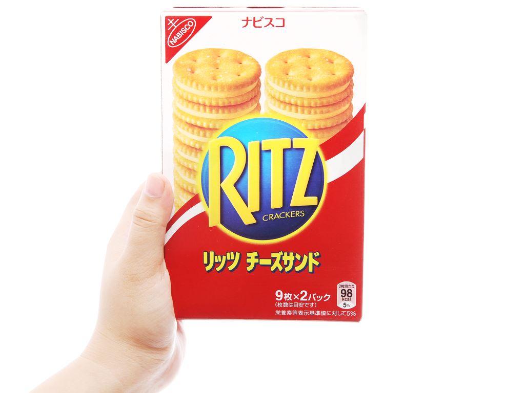 Bánh quy kẹp kem phô mai Ritz hộp 160g 4