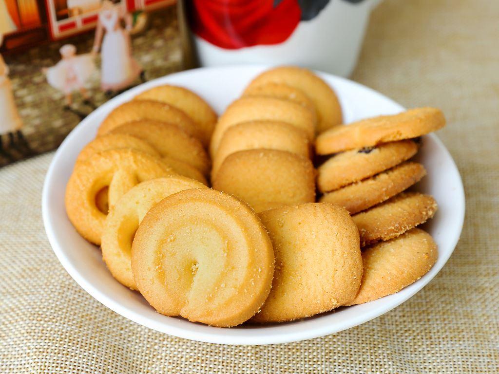 Bánh quy bơ O&T Royal Danish hộp 110g 3