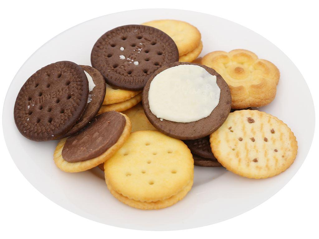 Bánh quy bơ thập cẩm kẹp kem Cosy hộp 546g 9