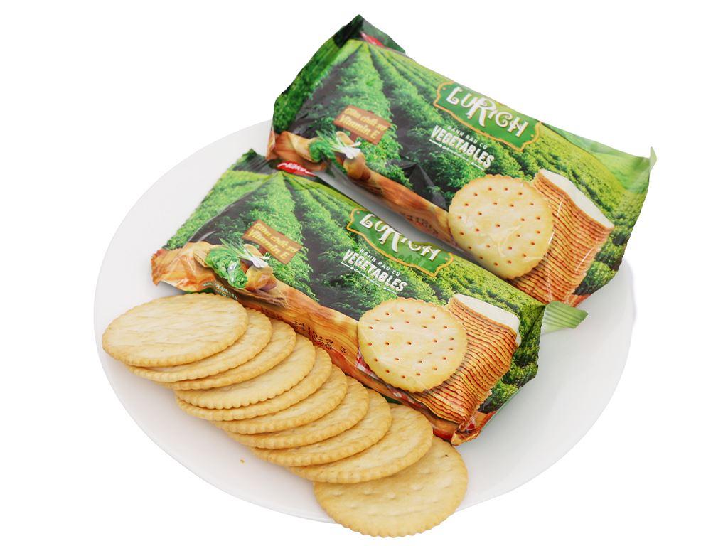 Bánh cracker rau củ Lurich hộp 180g 7
