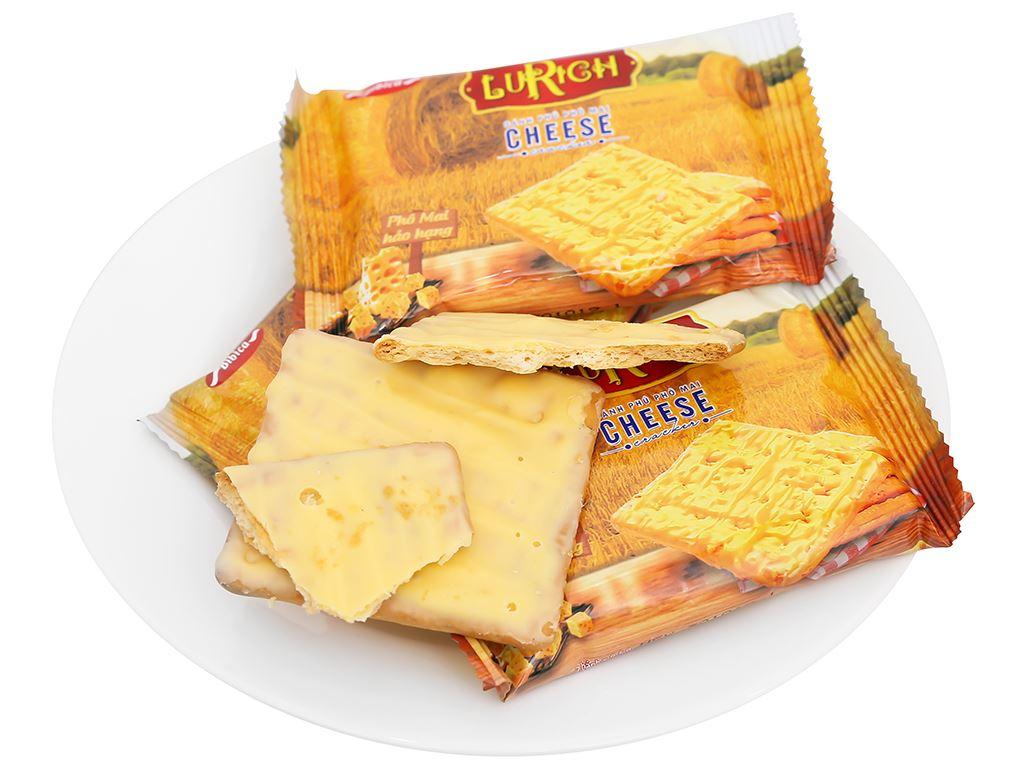 Bánh cracker phủ phô mai Lurich hộp 304g 8