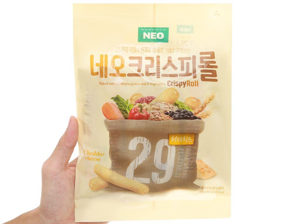 Bánh ngũ cốc cuộn kem phô mai Cheddar Neo gói 80g 4