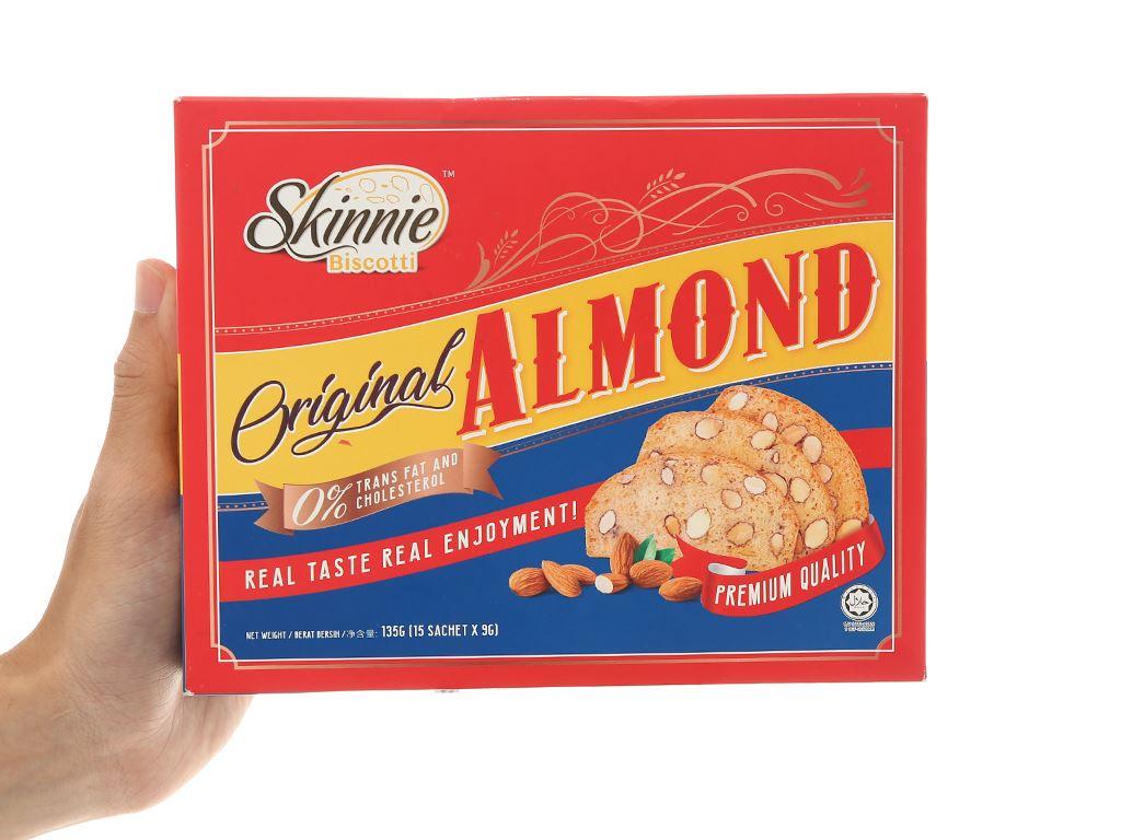 Bánh quy hạnh nhân Skinnie Original Almond hộp 135g 6