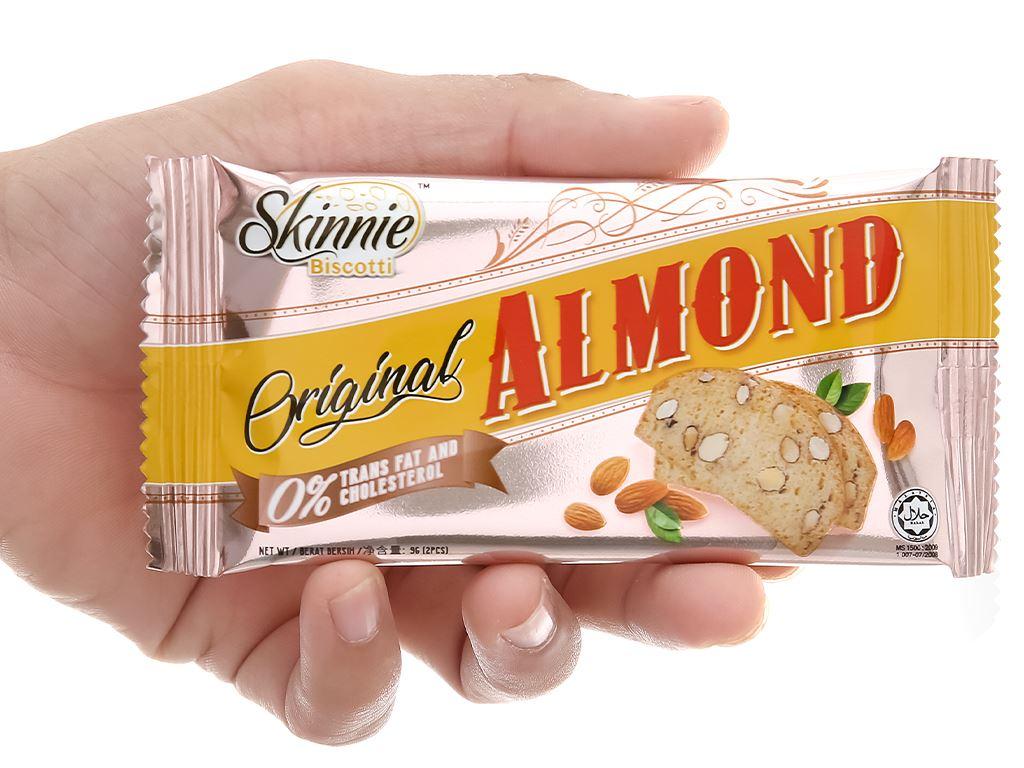 Bánh quy hạnh nhân Skinnie Original Almond hộp 135g 7