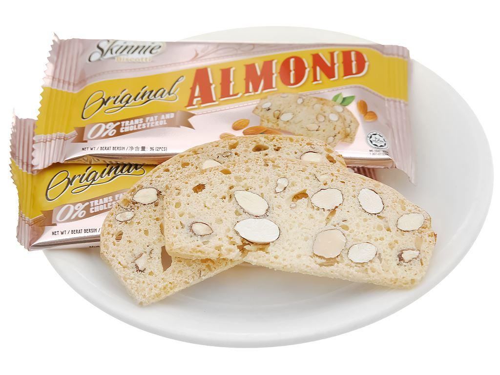 Bánh quy hạnh nhân Skinnie Original Almond hộp 135g 8