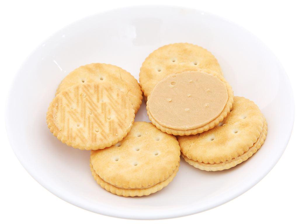 Bánh cracker kem bơ đậu phộng Magic gói 108g 4