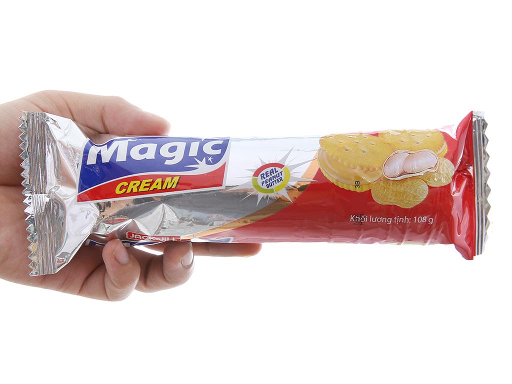 Bánh quy siêu giòn Kem bơ đậu phộng Magic gói 108g 4