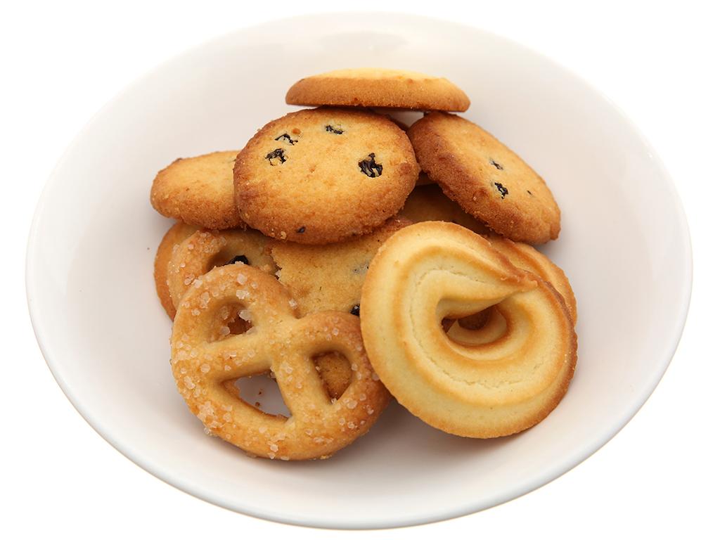 Bánh quy bơ Danisa hộp 681g 4