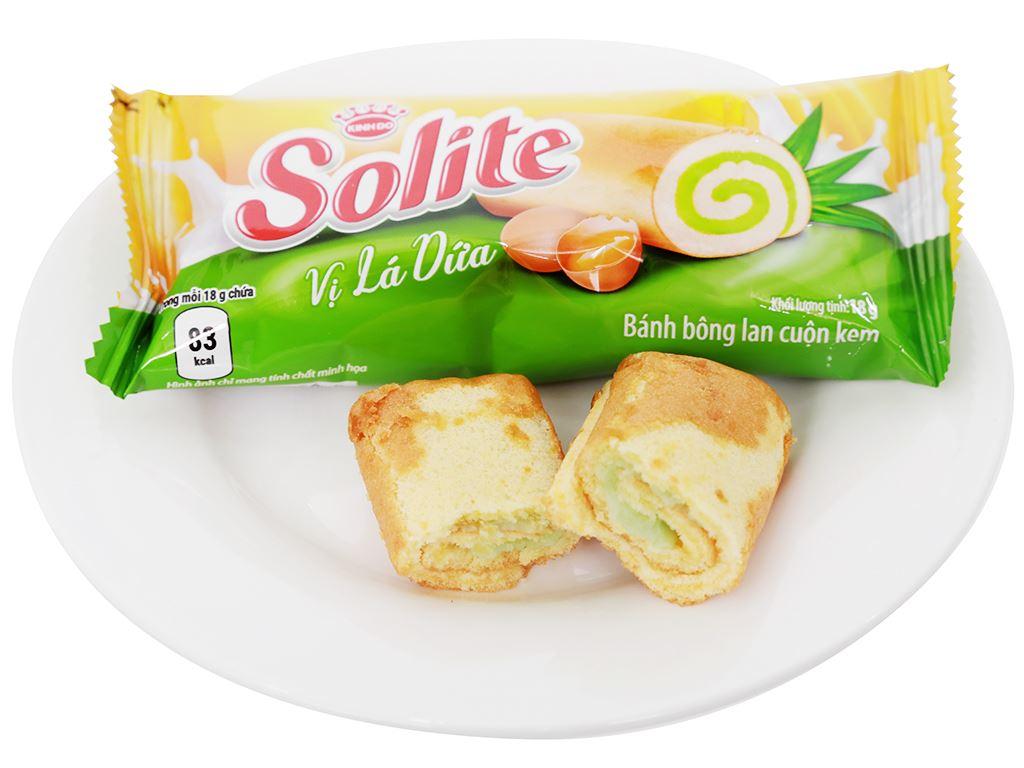 Bánh bông lan cuộn kem vị lá dứa Solite hộp 288g (16 cái) 6