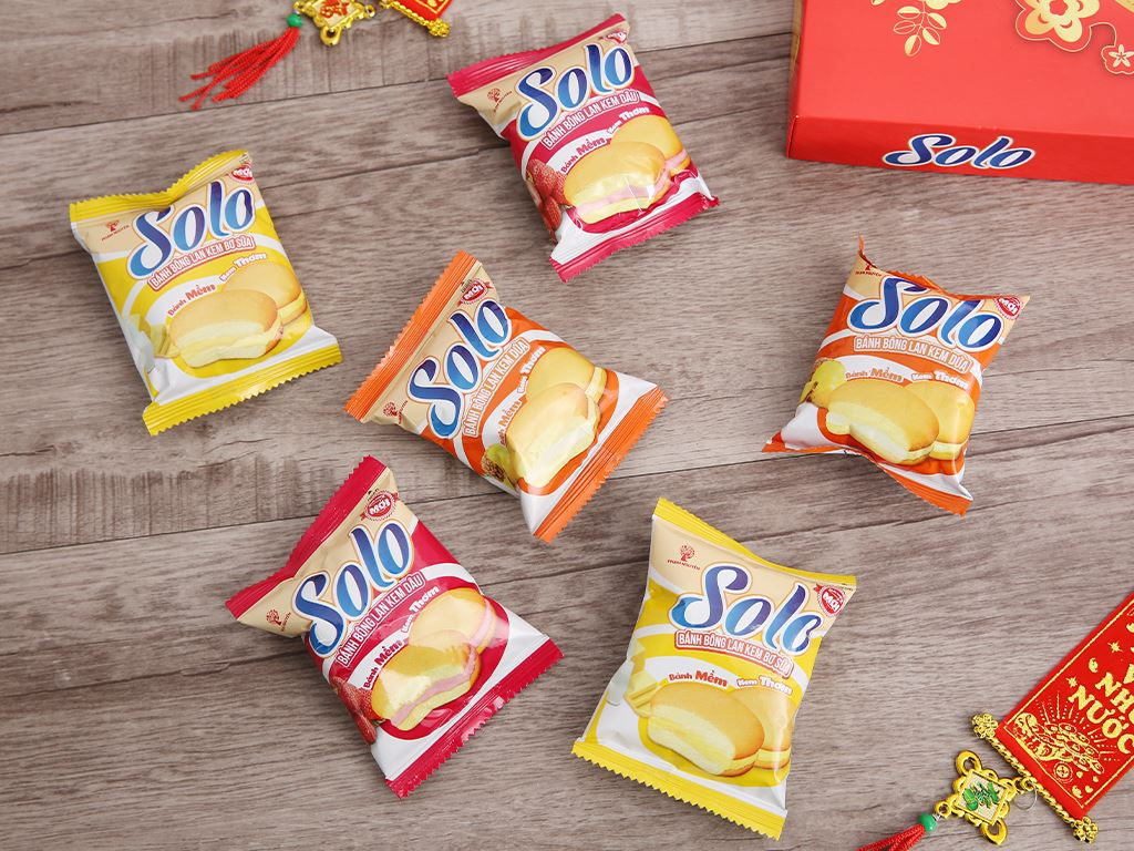 Bánh bông lan kem hỗn hợp 3 mùi Solo hộp 336g 6