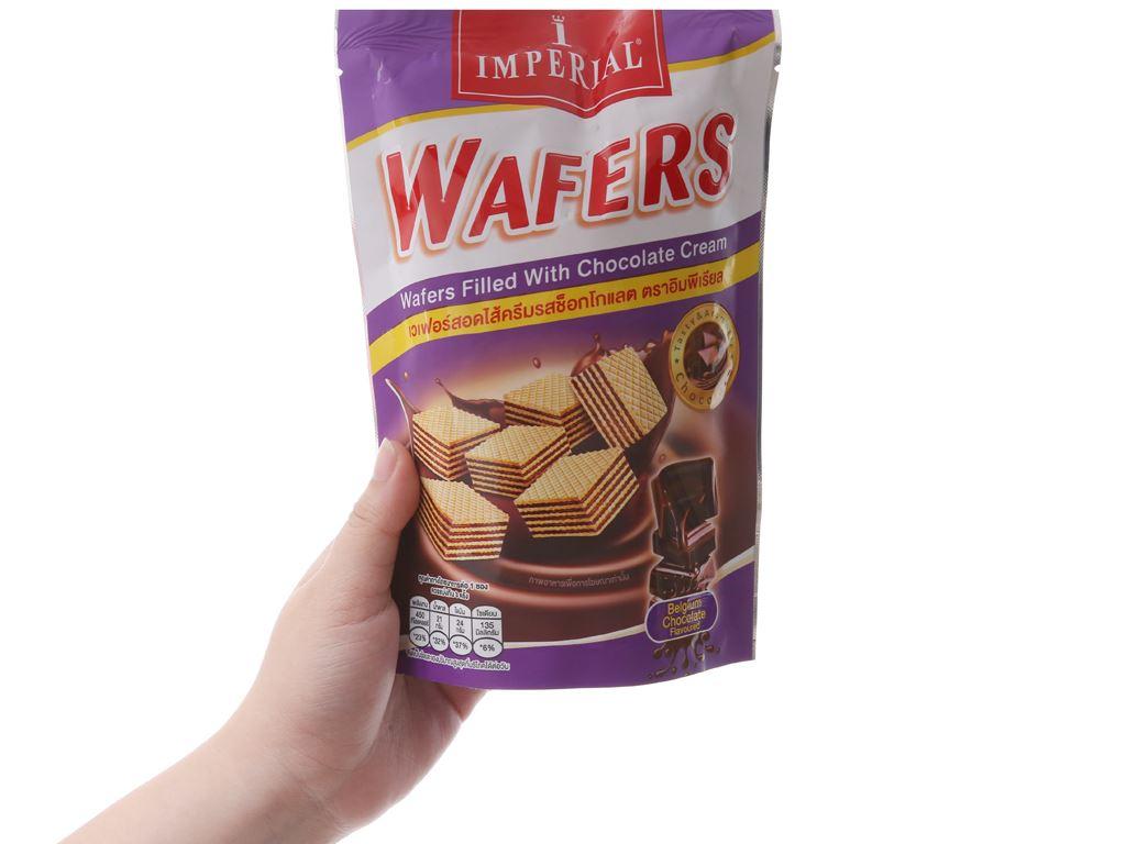 Bánh xốp nhân kem socola Imperial Wafers túi 80g 3