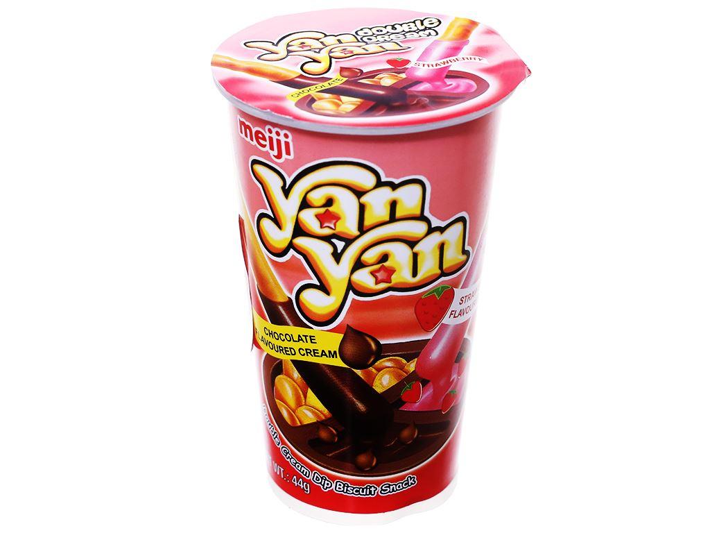 Bánh que Meiji Yan Yan chấm kem hương dâu và sô cô la ly 44g 1