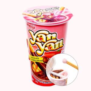 Bánh que Meiji Yan Yan chấm kem hương dâu và socola ly 44g