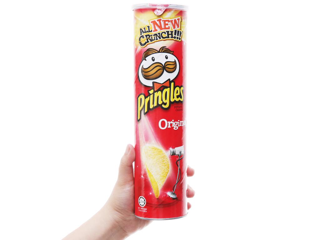 Snack khoai tây vị truyền thống Pringles lon 147g 7